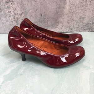 Lanvin red patent leather kitten heel size 6